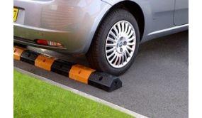 Bordure de séparation de parking