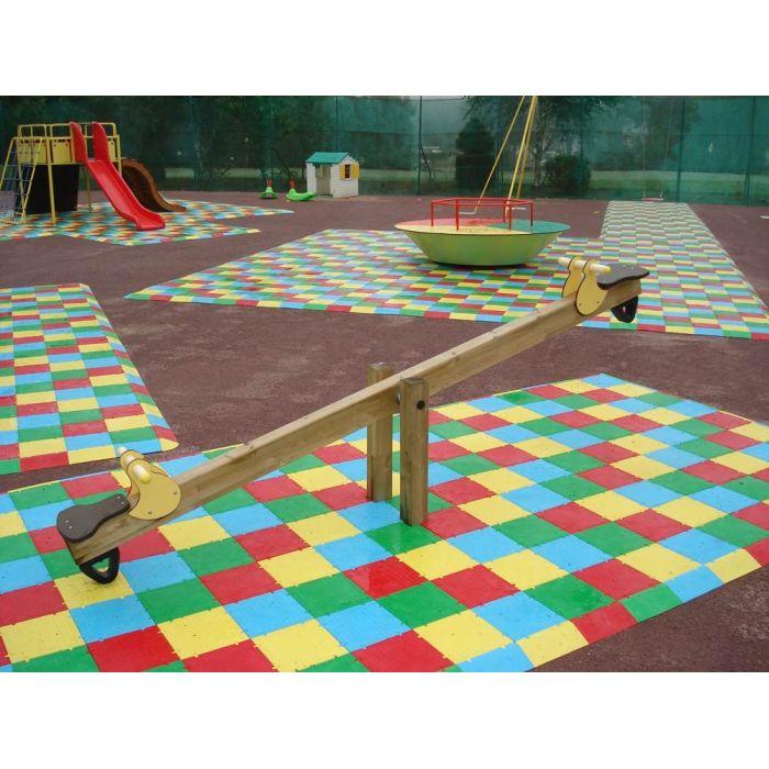 garochut dalles de sol de securite existe en 12 couleurs. Black Bedroom Furniture Sets. Home Design Ideas