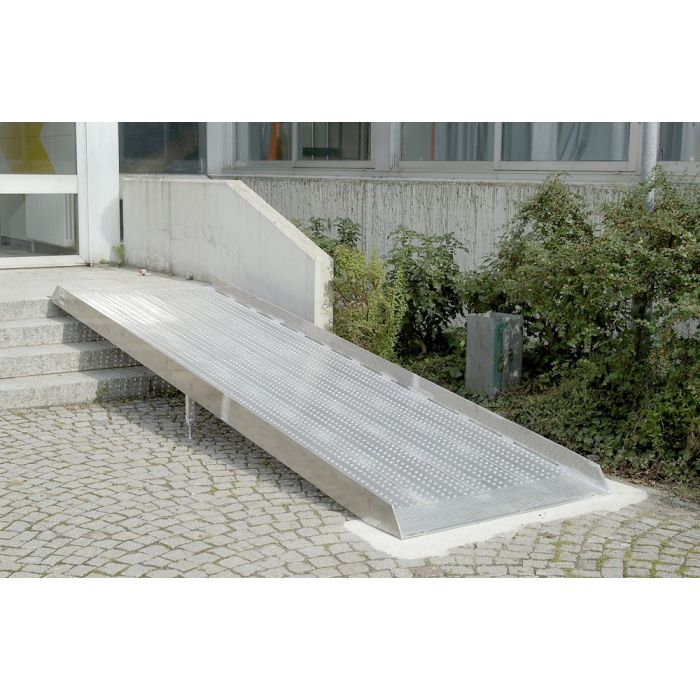 Rampe aluminium extra large disponible en 5 longueurs for Rampe d acces handicape