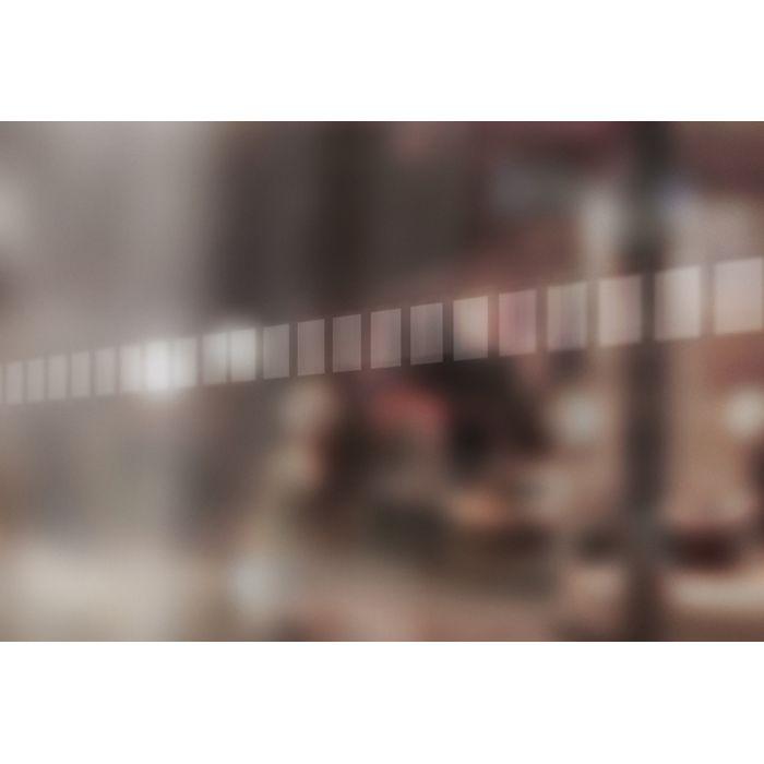 Bande de signalisation pour surfaces vitrées - carrés dépolis