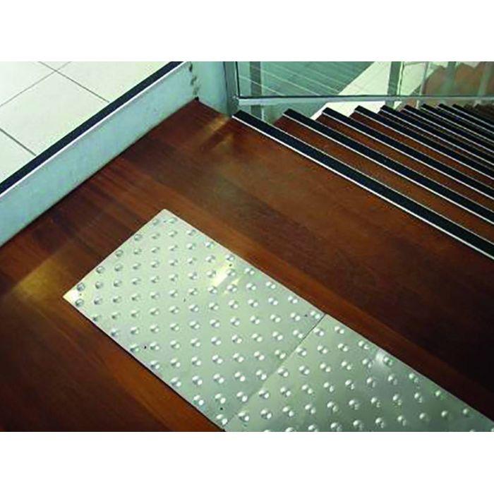 bande d 39 veil la vigilance minox bev inox int rieur. Black Bedroom Furniture Sets. Home Design Ideas