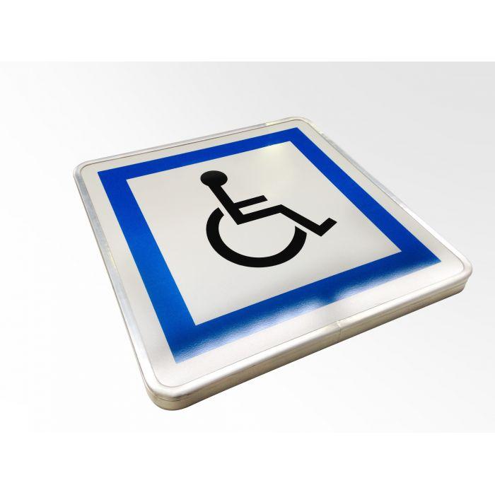 panneau de circulation couvre chant stationnement r serv aux personnes handicap es. Black Bedroom Furniture Sets. Home Design Ideas
