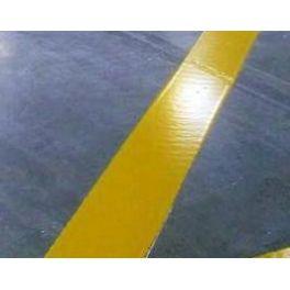 Peinture de traçage au sol en aérosol