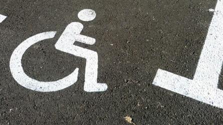 peinture sur sol accessibilite erp