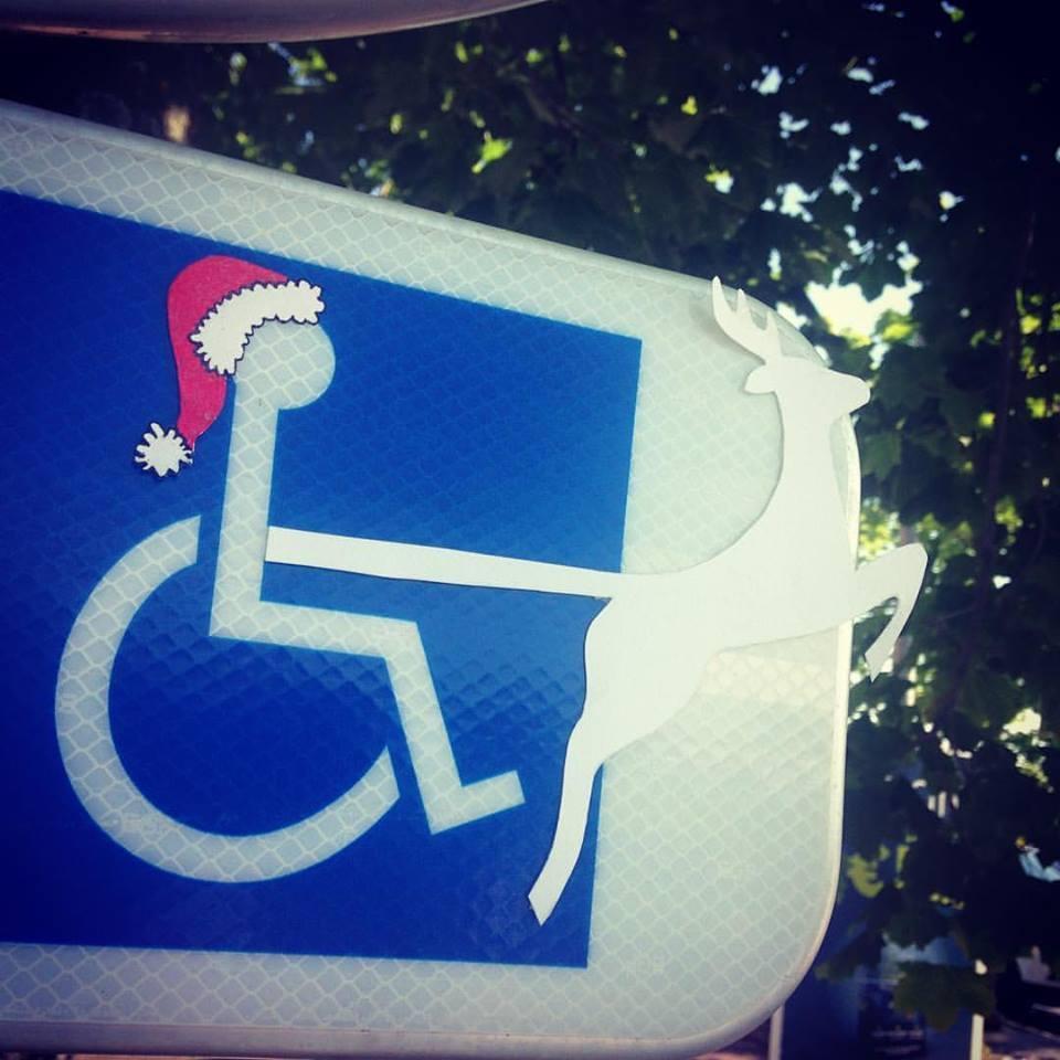 Panneau handicapé père Noël