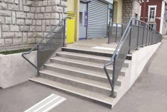escalier rendu accessible PMR