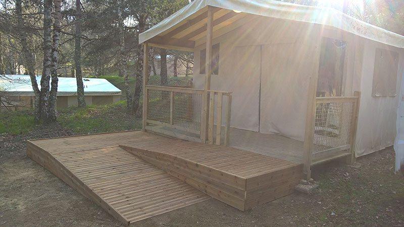 r alisations de rampes d 39 acc s pmr en bois en b ton sur mesure pour les camping tohapi handinorme. Black Bedroom Furniture Sets. Home Design Ideas