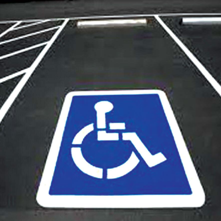 Places pour handicapés : Comment créer ses zones de stationnement ?